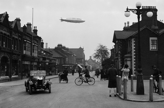R101 setting off from Bedford for maiden voyage